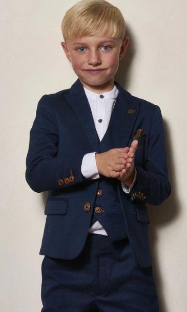 boys wear communion
